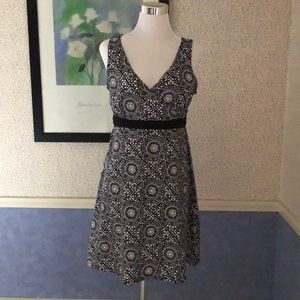 Ladies Black and White Sleeveless Dress